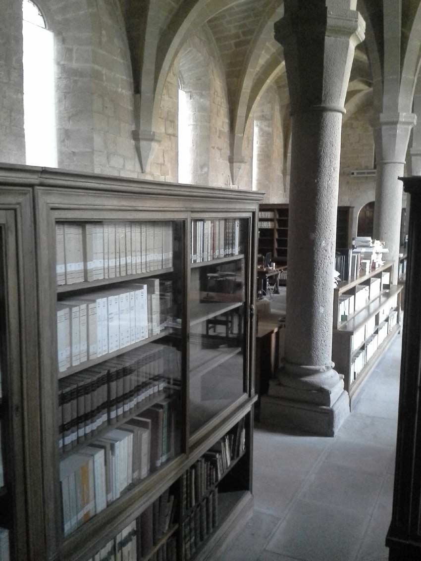 library of Poblet Monastery